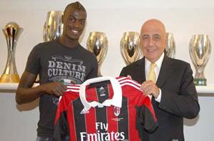 Mbaye Niang signe au Milan AC