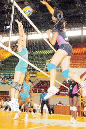 Volley ball coupe des clubs champions madagascar d marre en force africa top sports - Resultat coupe des clubs champions ...