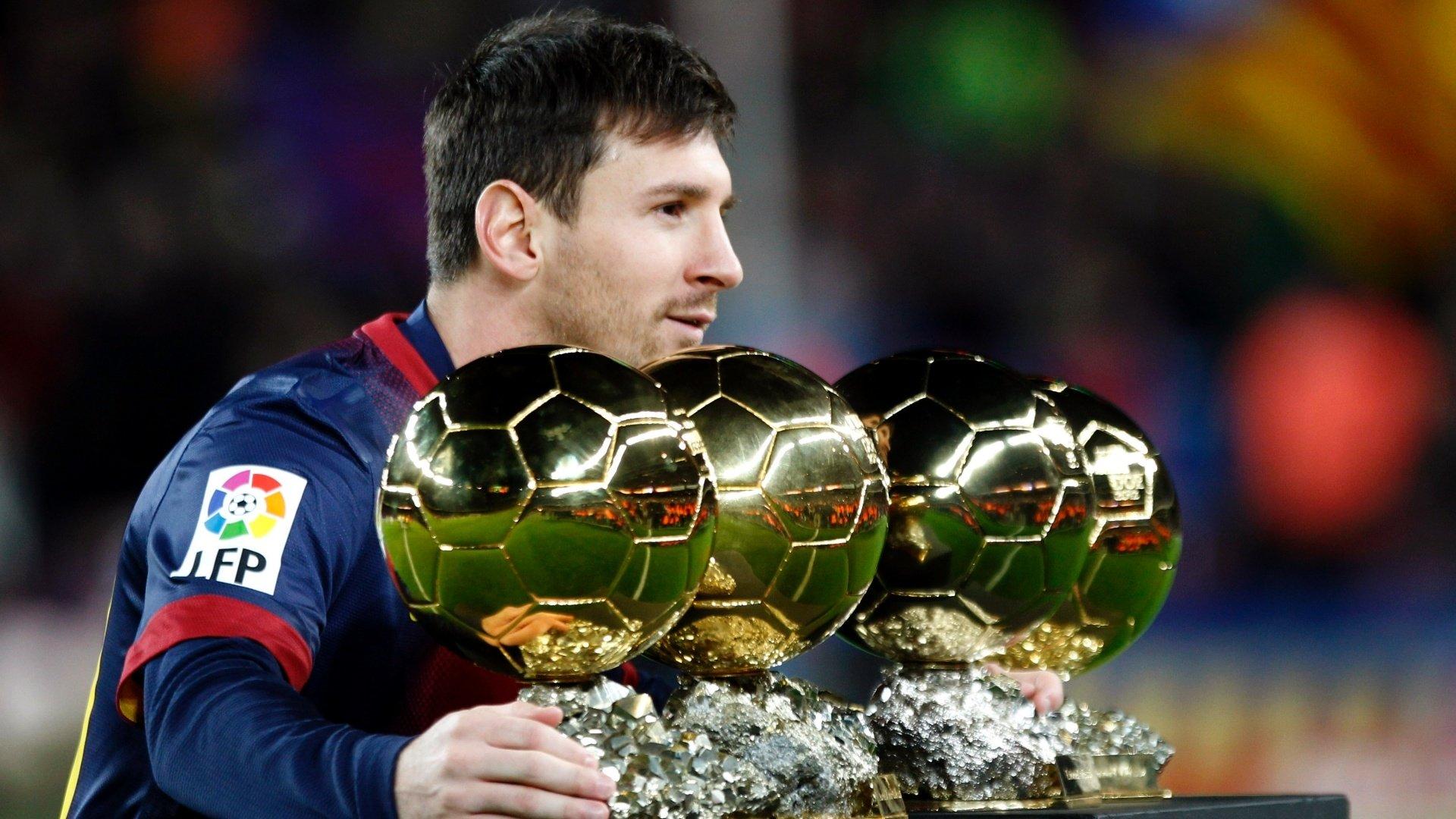 Ronaldo Vs Messi Wallpaper 2014 Les Insolites de Basil...