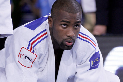 judo teddy riner l arr t africa top sports. Black Bedroom Furniture Sets. Home Design Ideas
