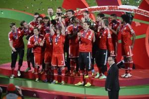 606581-les-joueurs-du-bayern-munich-vainqueurs-du-mondial-des-clubs-le-21-decembre-2013-a-marrakech copie