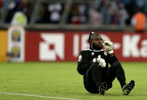 congo-goalkeeper-robert-kidiaba-does-b507-diaporama