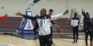 vincent enyeama_basket