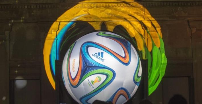 brazuca-presentation-ballon-mondial-2014