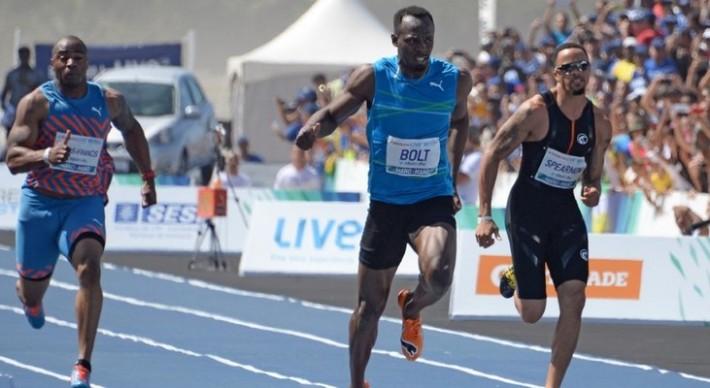 Usain Bolt son premier 100m depuis sa blessure à Copacabana