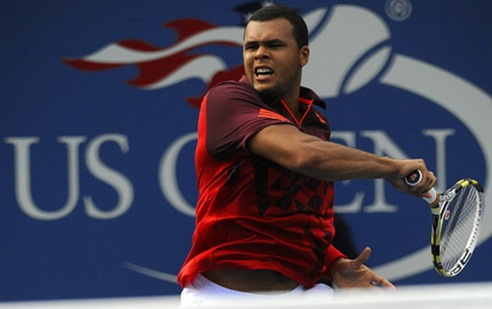 Jo-Wilfried Tsonga slams