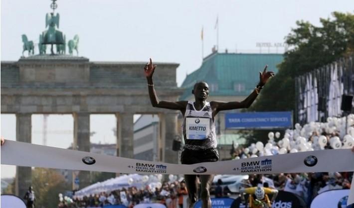 Dennis Kimetto_ établit le record du monde au marthon de berlin 2014