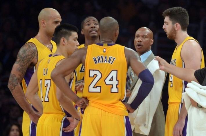 Lakers_kelly_byron scott_sacre_bryant_lin_davis