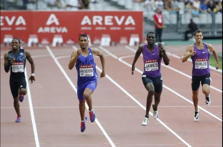 Wayde Van Niekerk premier africain sous le 44 s au 400m