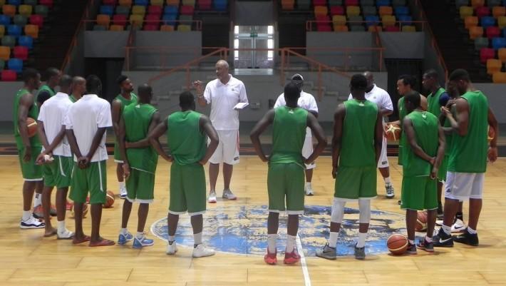 basket cote divoire _coah Hugues Occansey et ses joueurs
