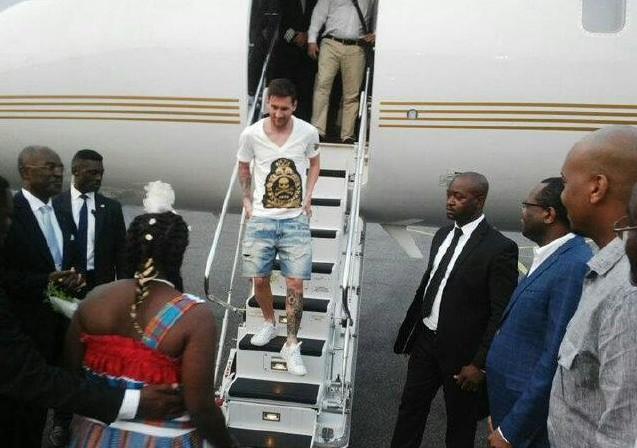 Gabon La Visite De Messi En Vid 233 O Et Images Africa Top Sports