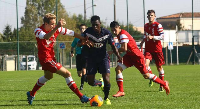 Actualités : Kévin Soni, sur le départ, intéresserait le Stade de Reims - Girondins33