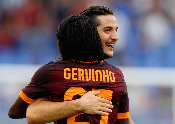 ROME, ITALY - SEPTEMBER 26:  Gervinho (R) with his teammate Kostas Manolas of AS Roma celebrates after scoring the team's third goal during the Serie A match between AS Roma and Carpi FC at Stadio Olimpico on September 26, 2015 in Rome, Italy.  (Photo by Paolo Bruno/Getty Images)