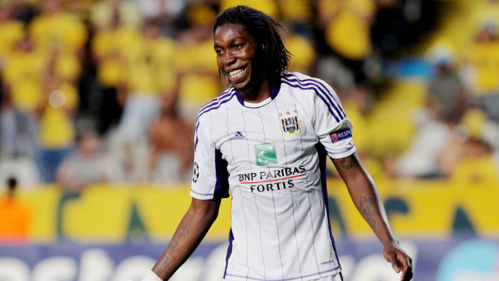 Dieudonne Mbokani of Belgium's first division team, RSC Anderlecht, reacts during the first leg of their UEFA Champions League playoff football match against Cyprus's AEL Limassol FC team at the GSP Stadium, in Nicosia, on August 22, 2012. AFP PHOTO / SAKIS SAVVIDES        (Photo credit should read SAKIS SAVVIDES/AFP/GettyImages)