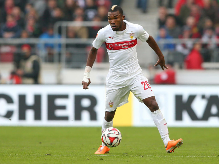 of Stuttgart battles for the ball with of Frankfurt during the Bundesliga match between VfB Stuttgart and Eintracht Frankfurt at Mercedes-Benz Arena on March 21, 2015 in Stuttgart, Germany.