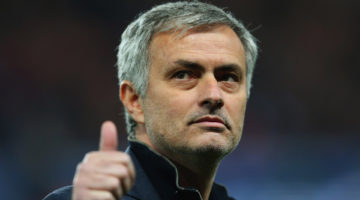 PARIS, FRANCE - FEBRUARY 17:  Jose Mourinho manager of Chelseagives a thumbs up prior to the UEFA Champions League Round of 16 match between Paris Saint-Germain and Chelsea at Parc des Princes on February 17, 2015 in Paris, France.  (Photo by Alex Livesey/Getty Images)