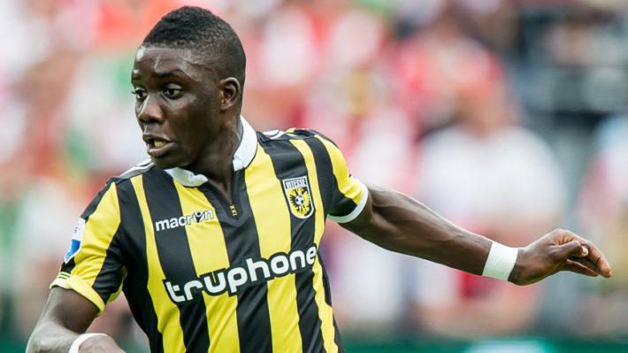 ROTTERDAM - Feyenoord - Vitesse , Voetbal , Seizoen 2015/2016 , Eredivisie , De Kuip , 23-08-2015 , Vitesse speler Marvelous Nakamba