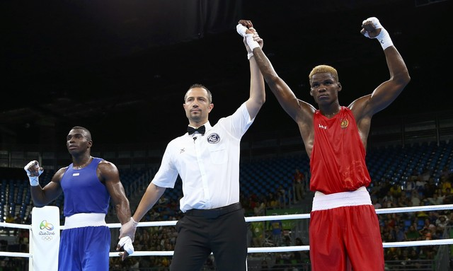 2016 Rio Olympics - Boxing - Preliminary - Men's Middle (75kg) Round of 32 Bout 70 - Riocentro - Pavilion 6 - Rio de Janeiro, Brazil - 09/08/2016. Dieudonne Wilfred Seyi Ntsengue (CMR) of Cameroon celebrates after winning his bout against Jorge Vivas Palacios (COL) of Colombia. REUTERS/Peter Cziborra FOR EDITORIAL USE ONLY. NOT FOR SALE FOR MARKETING OR ADVERTISING CAMPAIGNS.