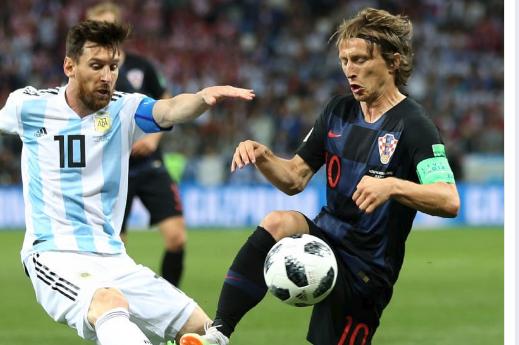 coupe du monde 2018 messi et argentine humili s par la croatie. Black Bedroom Furniture Sets. Home Design Ideas
