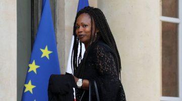 la-ministre-des-sports-laura-flessel-a-l-elysee-le-28-aout-2017_5935808