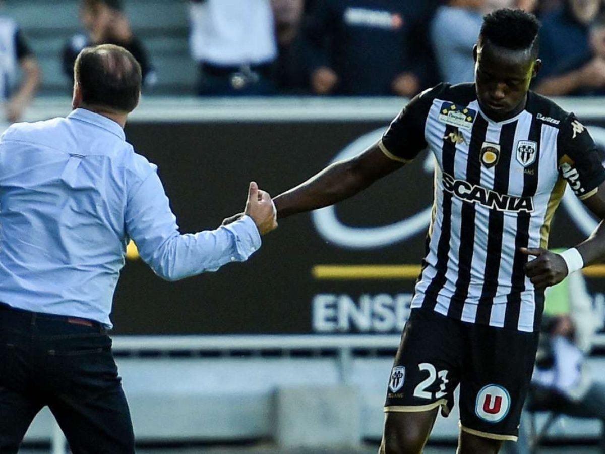 France 4 Matchs De Suspension Pour Casimir Ninga